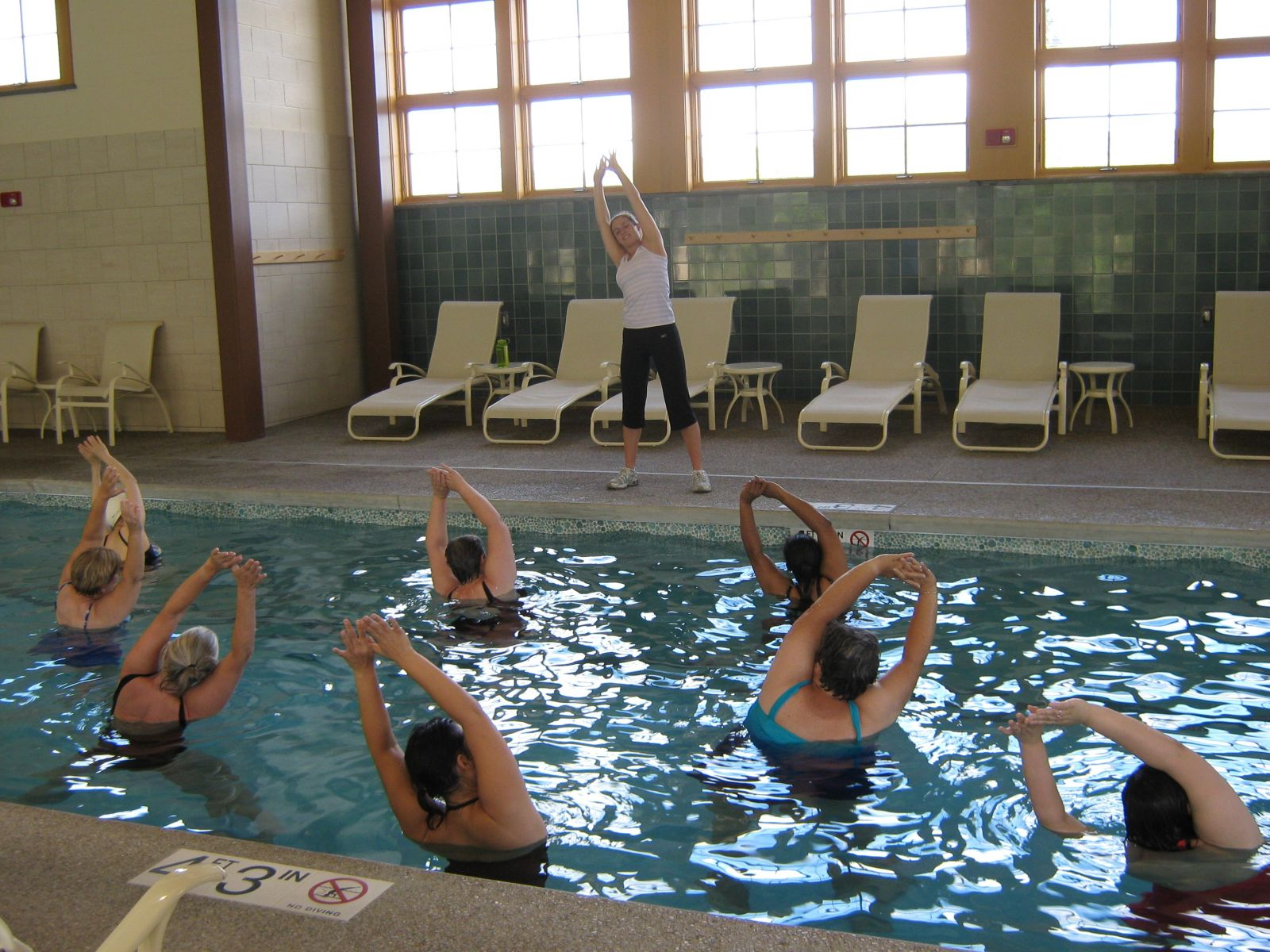 Water aerobics at a nearby resort is just one of 20 or so exercise choices available throughout the week. Photo: Green Mountain